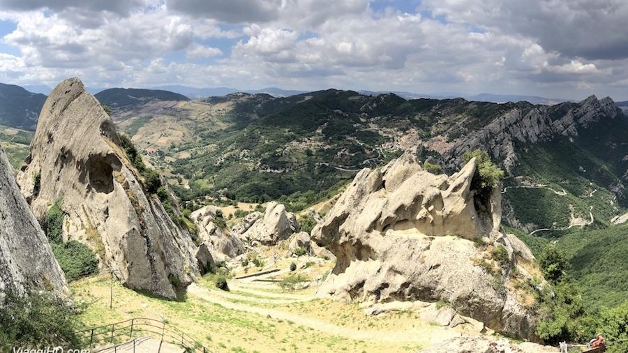 Dolomiti Lucane paesaggio ViaggiHD